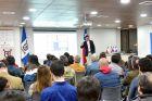 Investigador de la FAE realiza charla sobre análisis y tendencias en el comportamiento del consumidor en Chile